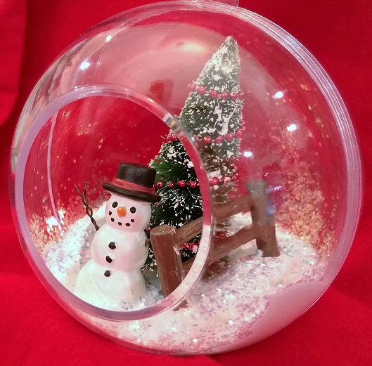 Clear Panoramic Glitter Ornament for Christmas